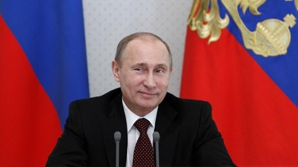 Путин подписал закон о стандартах на госзакупки