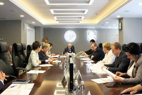 Правительство и СРО Москвы обсудили, как контролировать договоры подряда