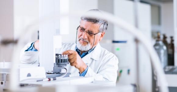 Главгосэкспертиза двойного назначения: а не заняться ли  научными исследованиями?