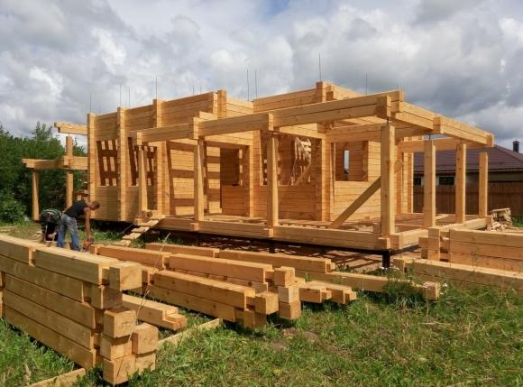 В России начали продавать деревянные дома с господдержкой